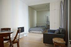Estudio en París - rue Chateaubriand 75008 PARIS - 108041
