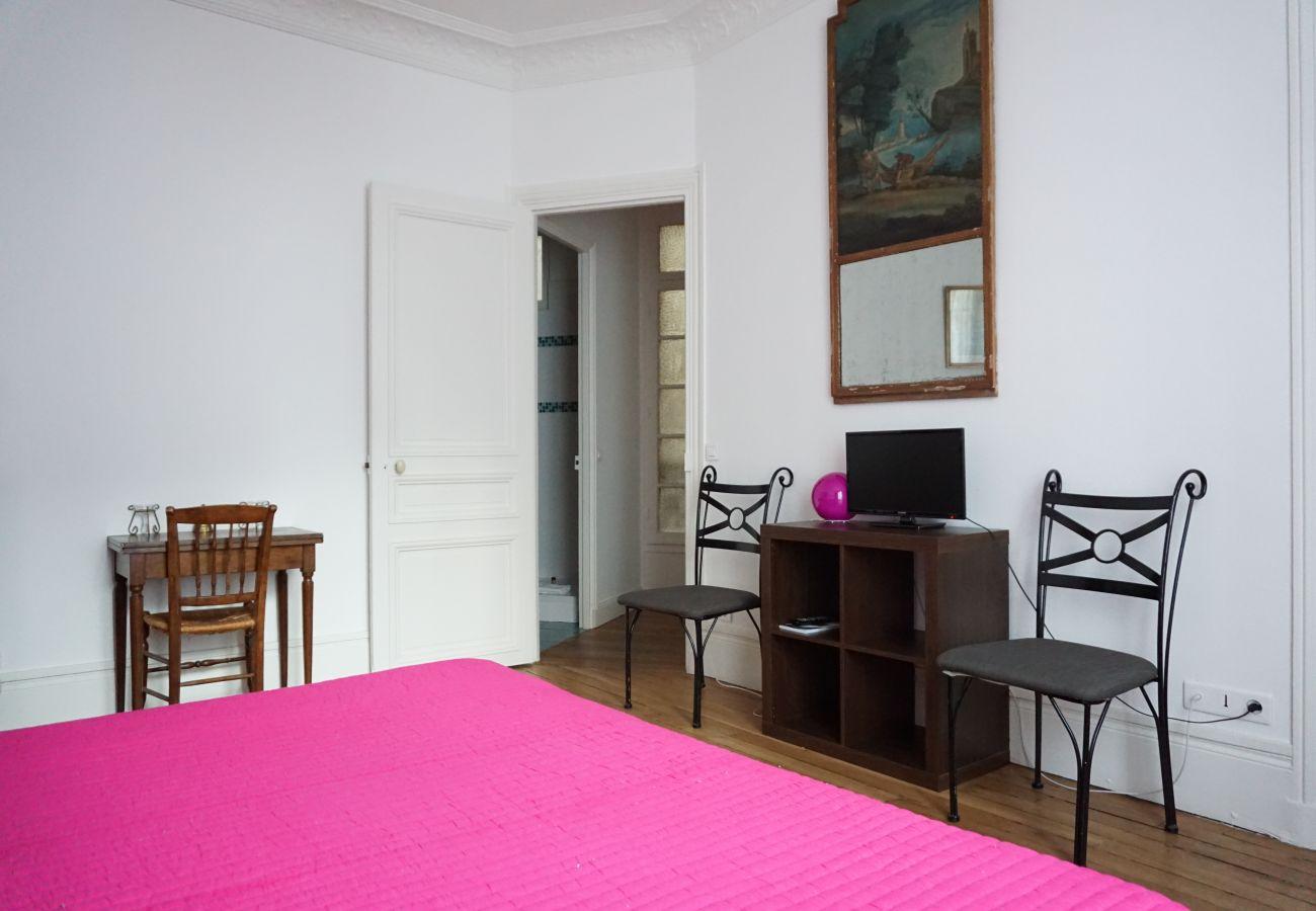 Appartement à Paris - Rue Washington - Paris 8 - 308003