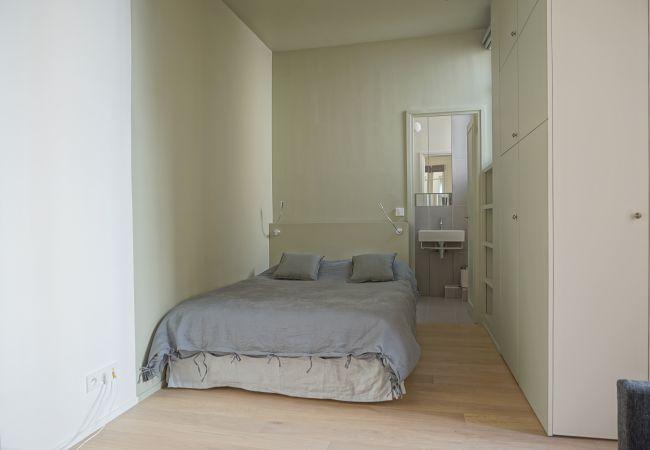 Studio à Paris - rue Chateaubriand 75008 PARIS - 108041
