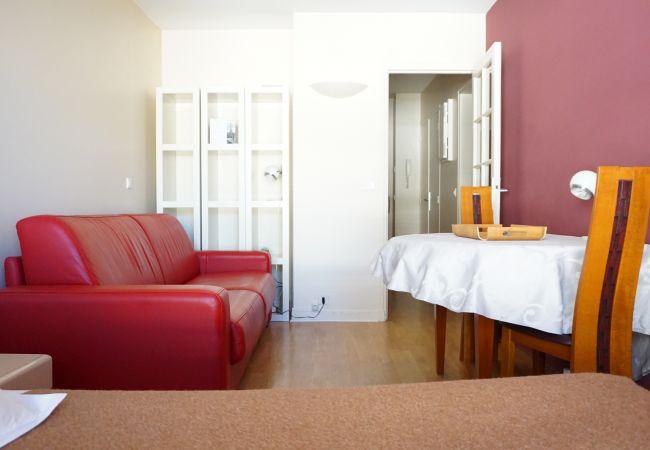 Villa à Paris ville - rue de Longchamp 75116 PARIS - 116036