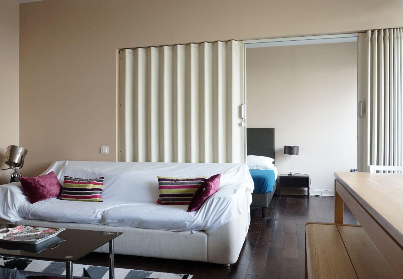 Appartement à Paris - Rue de Berri - Paris 8 - 208060
