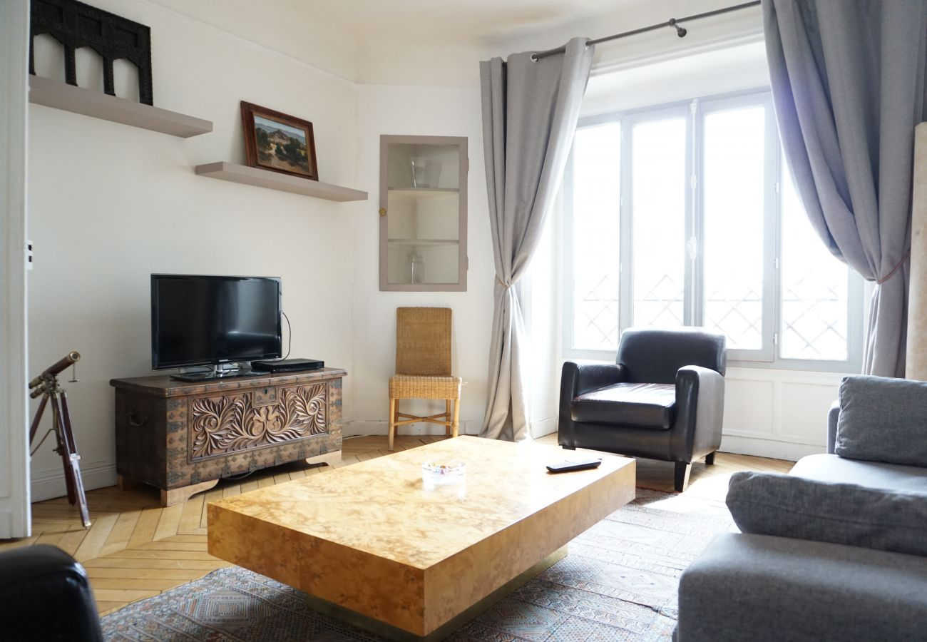 Appartement à Paris - Bd Flandrin - Paris 16 - 316121
