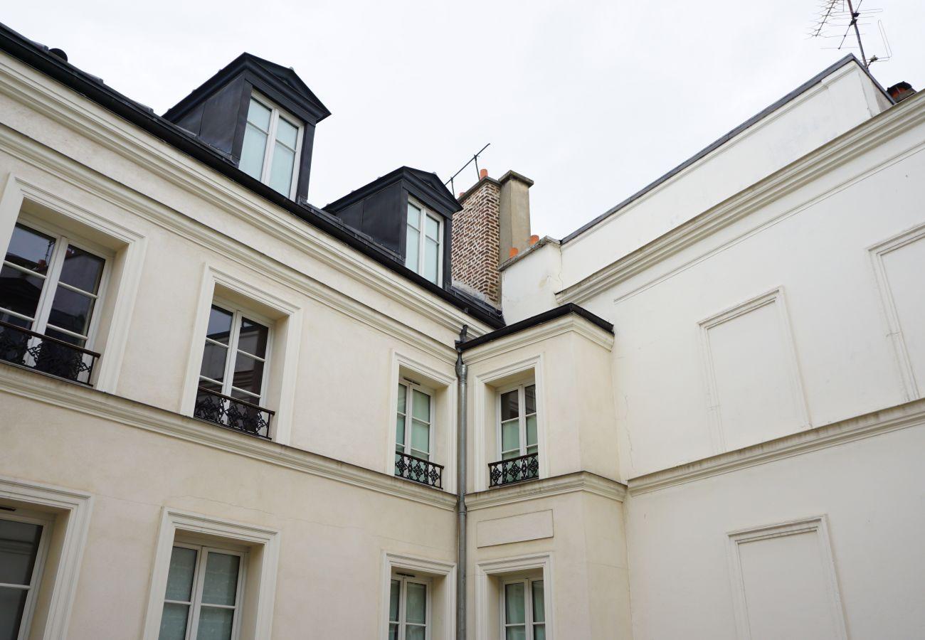 Studio à Paris - Rue Vignon - Paris 8 - 108002