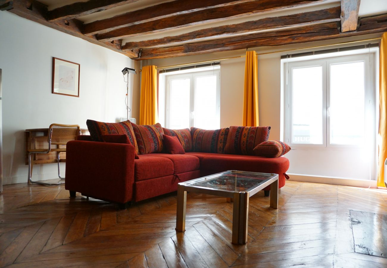 Appartement à Paris - Rue Danielle Casanova - Paris 1 - 201010