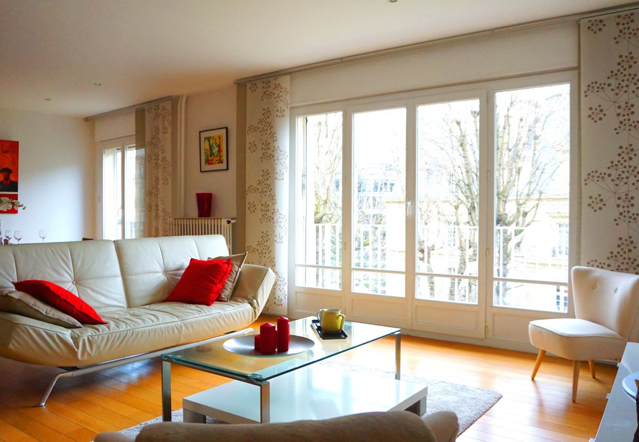 Appartement à Paris - Avenue  Bugeaud - Paris 16 - 516013