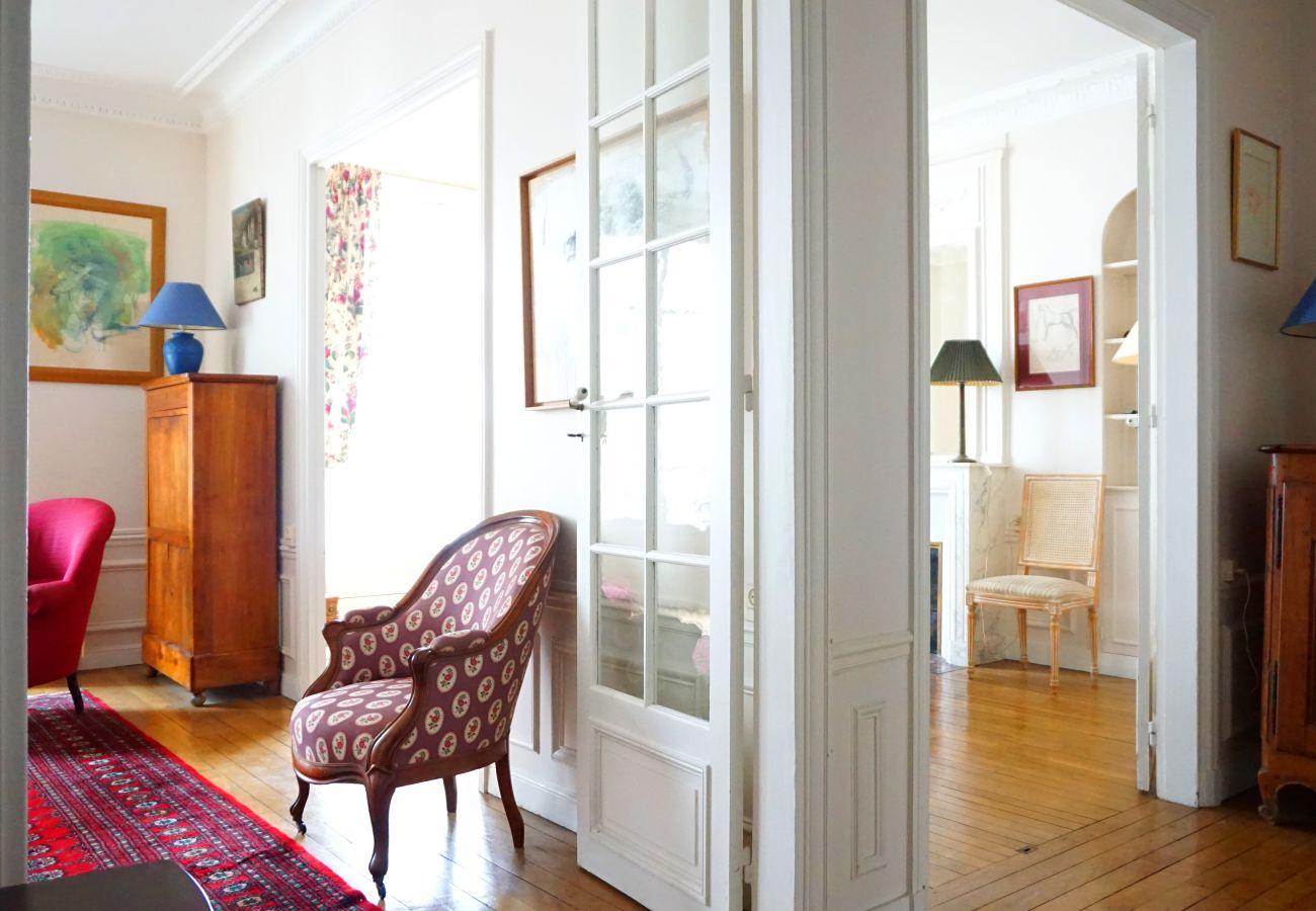 Appartement à Paris - Square Desaix - Paris 15 - 315015