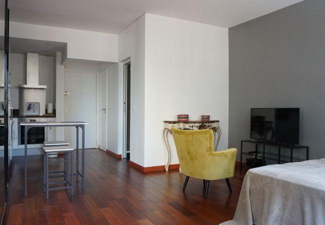 Studio à Paris - rue de Berri #1 - 75008 Paris - 108001