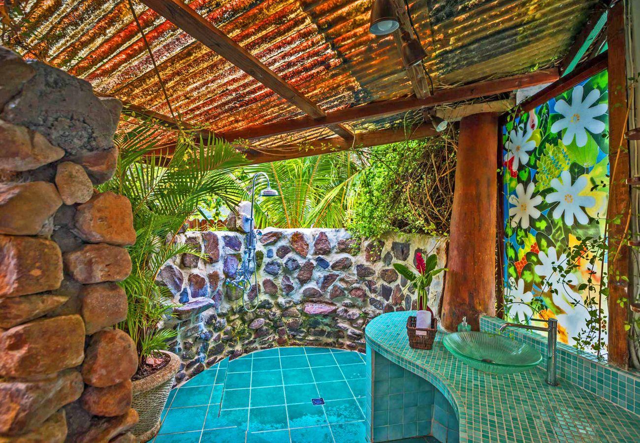 Villa à Papetoai - Beach Villa Cook - Robinson's Cove