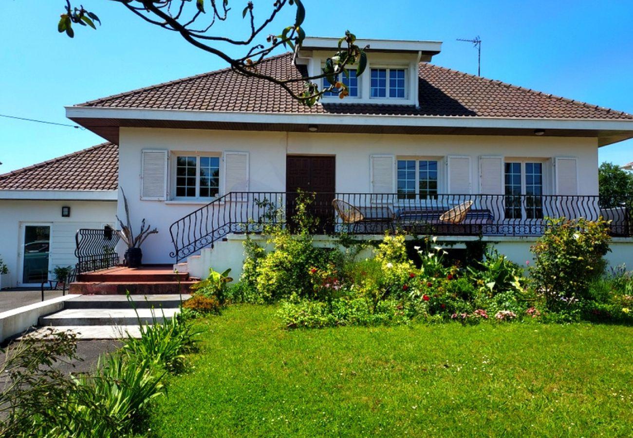 Maison à Tarnos - TARNOS Maison proche plage et lac