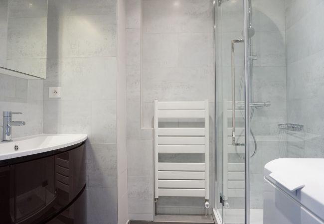 Apartment in Paris city - rue Saint Säens 75015 PARIS - 215027